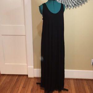 H&M Black Sleeveless Maxi Dress